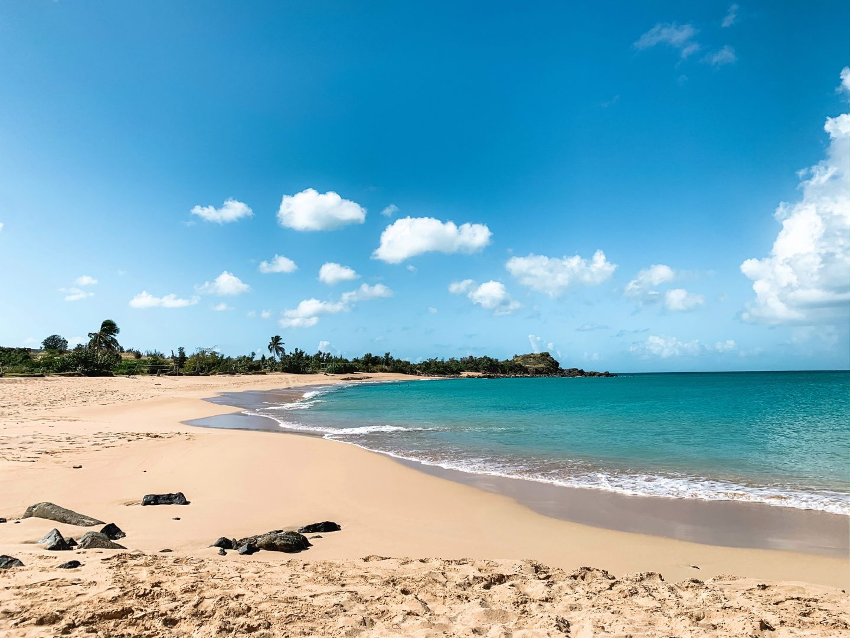 Beach Happy Bay Sint Maarten